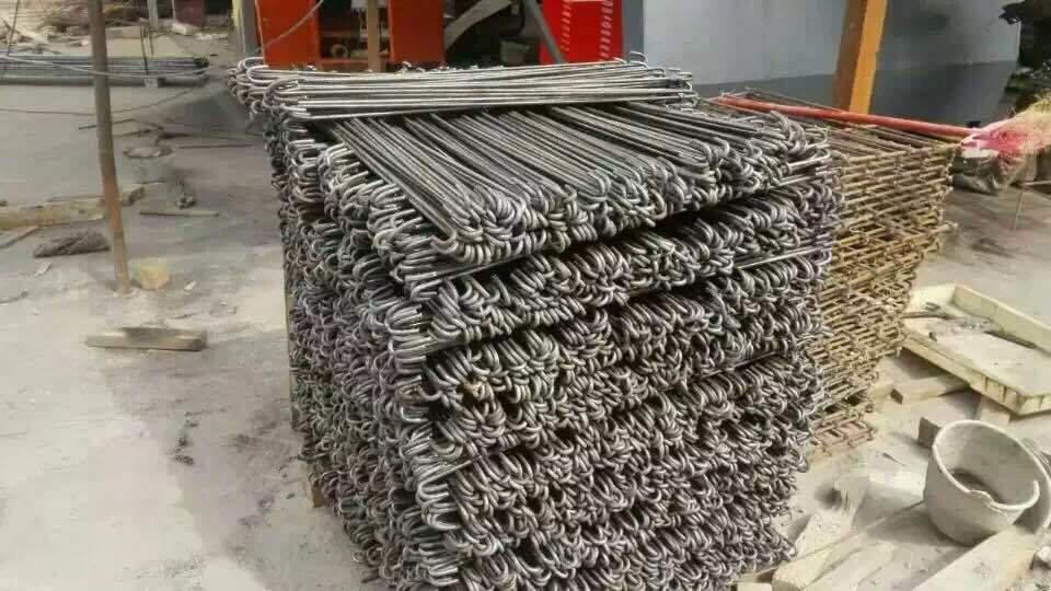 CNC stroj za savijanje žice