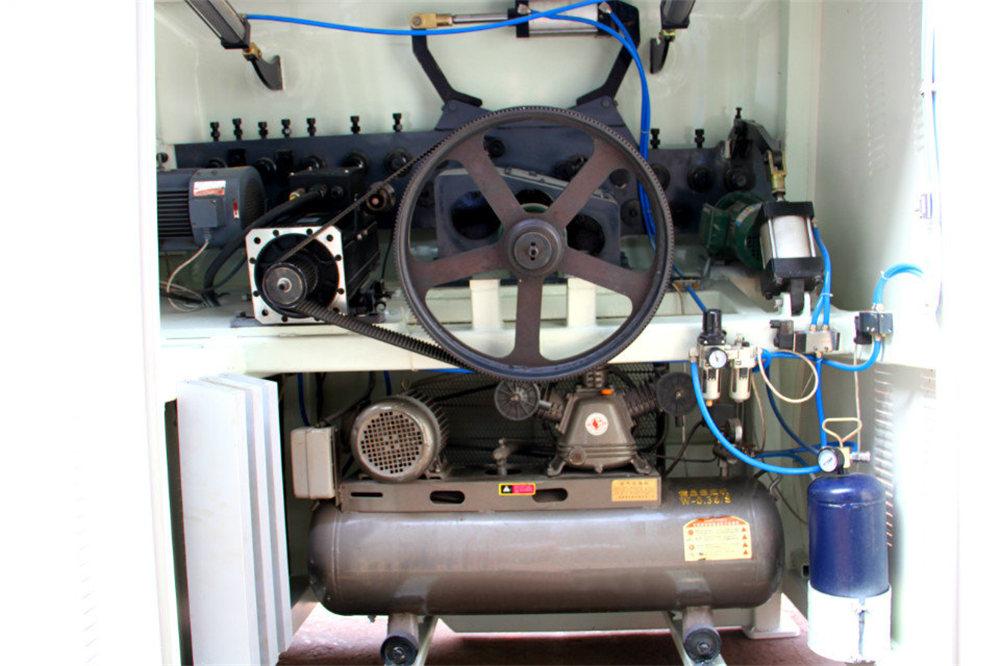 CNC mašina za savijanje žice4
