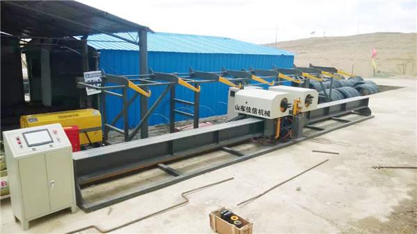 Vertikalna armatura sa dvostrukim Benderrebar bender centerautomaticom za savijanje trake